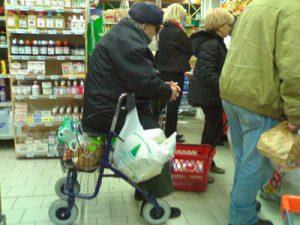Le casse automatiche dei supermercati sono una benedizione, altroché!
